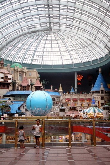 Lotte World Once Again