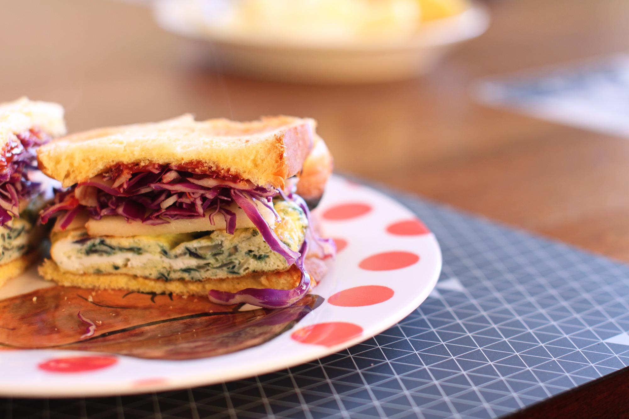 omelet-sandwich